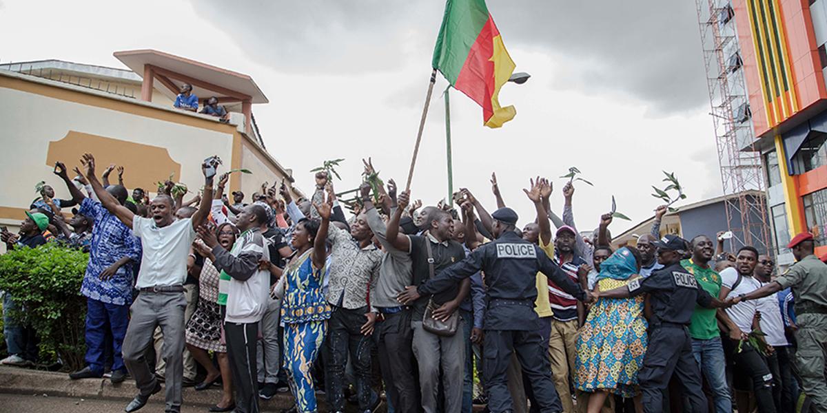 Liberté de manifestation et maintien de l'ordre public au Cameroun: l'usage des armes à feu est-il autorisé?